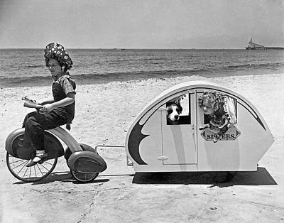 Venice Beach Photograph - Children Beach Tour by Underwood Archives