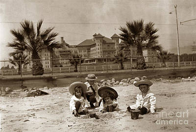 Photograph - Children On The Santa Barbara Beach In Front Of The Potter Hotel Circa 1915 by California Views Mr Pat Hathaway Archives