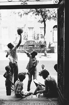 Children Playing In Brooklyn, Nyc, 1972 Print by Katrina Thomas