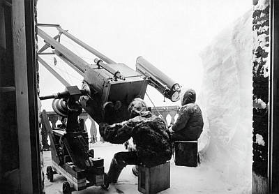 Jungfraujoch Photograph - Chilly Astronomers by Underwood Archives