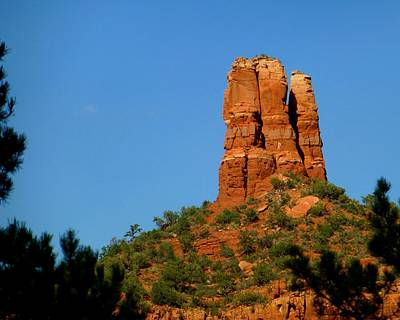 Photograph - Chimney Rock In Sedona Az by Toby McGuire