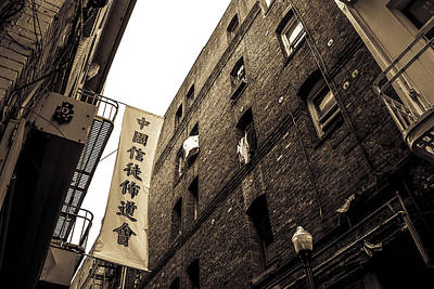 Photograph - Chinatown Alley by Spencer Hughes