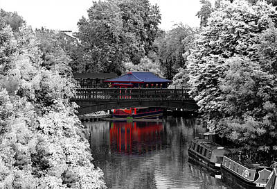 Chinese Architecture In Regent's Park Art Print by Maj Seda