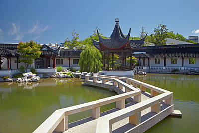 Ching Dynasty Photograph - Chinese Gardens, Dunedin, Otago, South by David Wall