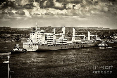 Photograph - Chipolbrok Galaxy Panama Canal by Rene Triay Photography