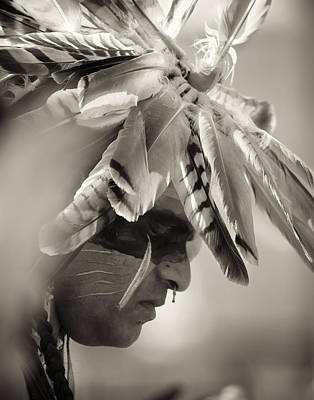 Photograph - Chippewa Indian Dancer by Dick Wood