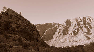 Photograph - Chisos Mountains by Rosemarie Hakim