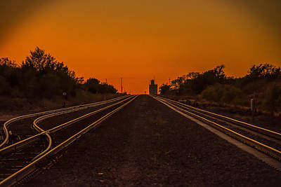 Mayfield Photograph - Choices by Larry Pacey