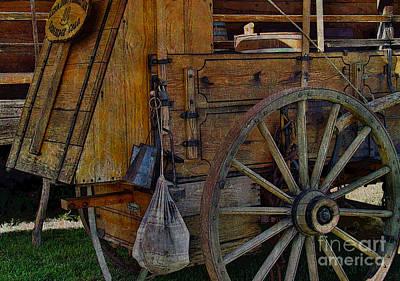 Wagon Wheel Hub Wall Art - Photograph - Chow Wagon Wheel by Janice Pariza