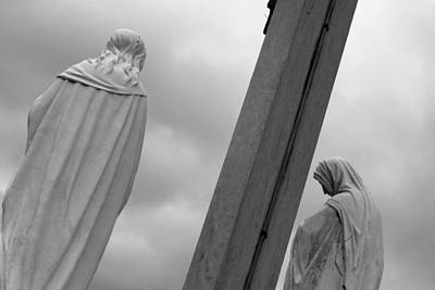 Christ On The Cross With Mourners Evansville Indiana 2008 Art Print by John Hanou