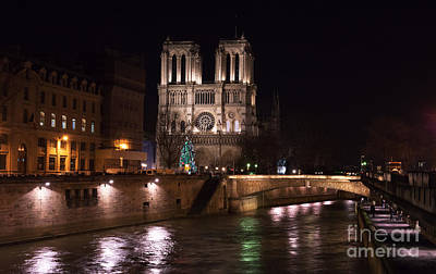 Photograph - Christmas At Notre Dame by John Rizzuto