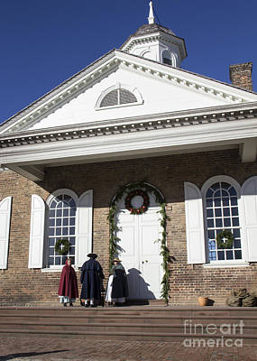 Colonial Actors Photograph - Christmas At The Courthouse by Teresa Mucha