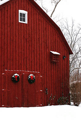 Photograph - Christmas Barn 5 by Linda Shafer
