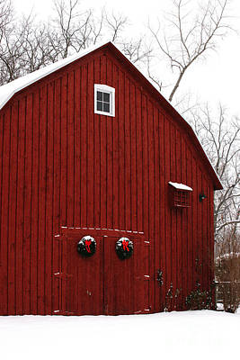 Photograph - Christmas Barn 6 by Linda Shafer