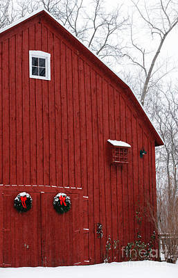 Photograph - Christmas Barn by Linda Shafer