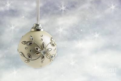 Round Beads Photograph - Christmas Bauble by Amanda Elwell