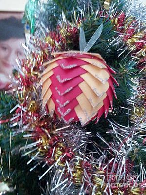 Painting - Christmas Baubles by Debra Piro