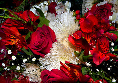 Photograph - Christmas Bouquet Roses N Mums by Michele Avanti