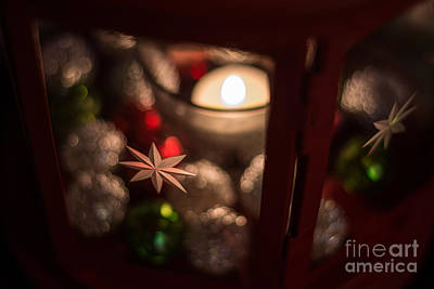 Photograph - Christmas Candle by Cheryl Baxter