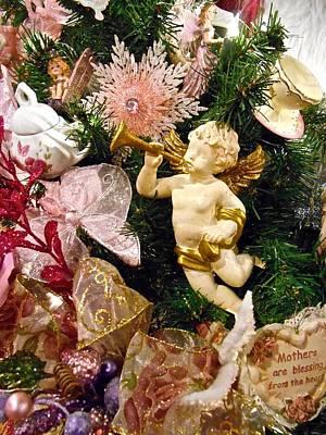 Photograph - Christmas Cherub by Joan Reese