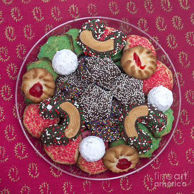 Photograph - Christmas Cookies by Diane Macdonald