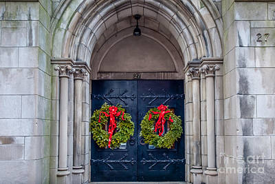 Photograph - Christmas Doorway On Beacon Hill by Susan Cole Kelly