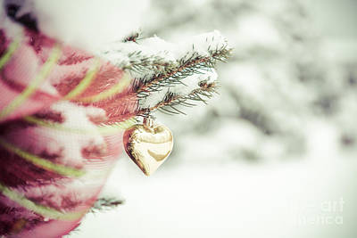 Photograph - Christmas Heart by Cheryl Baxter