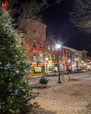 Christmas Holiday Scenery Photograph - Christmas In Gardiner by Benjamin Williamson