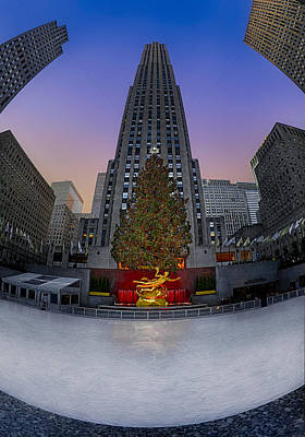 Christmas Photograph - Christmas In Nyc by Susan Candelario