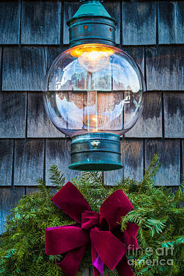 Photograph - Christmas Lantern by Susan Cole Kelly