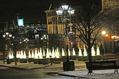 Photograph - Christmas Lights by Munir Alawi