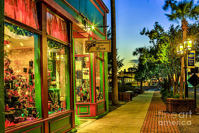 Photograph - Sunset Christmas Store by Paula Porterfield-Izzo