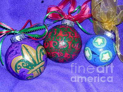 Painting - Christmas Ornaments 2 by Genevieve Esson