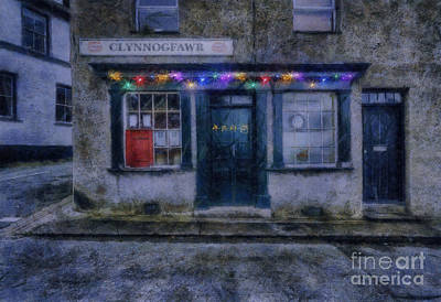 Delivering Digital Art - Christmas Post Office by Ian Mitchell
