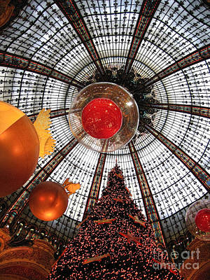 Photograph - Christmas Spirit In Paris At The Galeries Lafayette 2 by Menega Sabidussi
