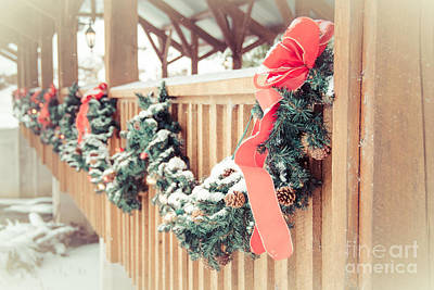 Photograph - Christmas Swag by Cheryl Baxter