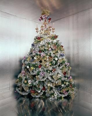 Gloria Photograph - Christmas Tree Decorated By Gloria Vanderbilt by Ernst Beadle