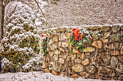 Photograph - Christmas Wall by Tricia Marchlik