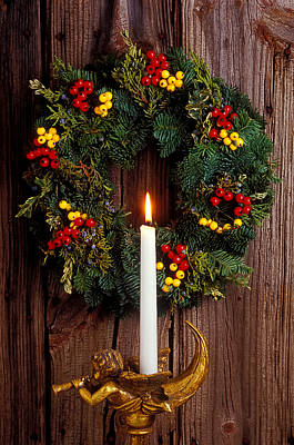 Photograph - Christmas Wreath And Angel With Candle by Garry Gay