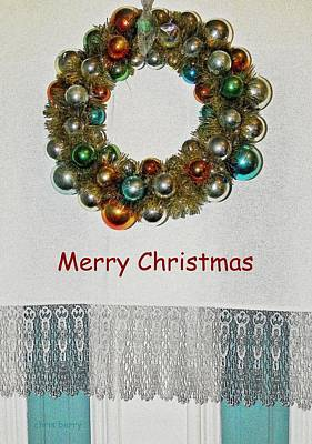 Photograph - Christmas Wreath And Vintage Bulbs by Chris Berry