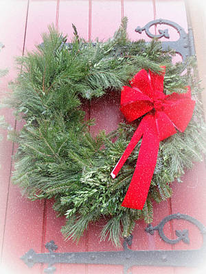 Photograph - Christmas Wreath by Joseph Skompski