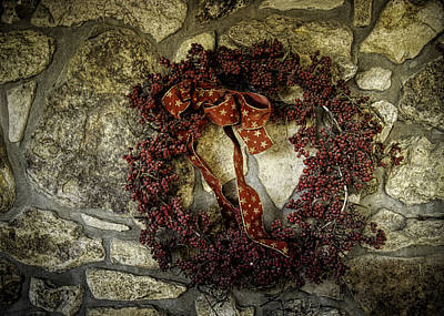 Photograph - Christmas Wreath by Wayne Meyer