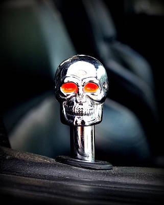 Photograph - Chrome Skull by Guy Pettingell