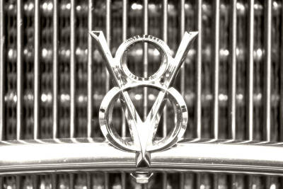 Hotrod Photograph - Chrome V8 by Michael Allen