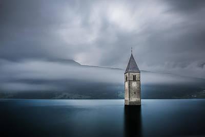 Bell Photograph - Church Of Graun by Leon