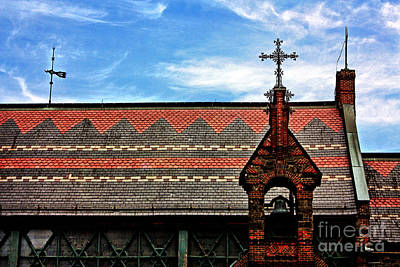 Red Roof Photograph - Church Roof With Cross by Nishanth Gopinathan