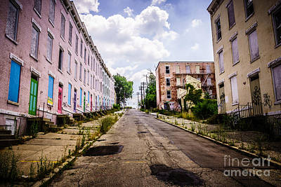 Cincinnati Glencoe-auburn Place Image Art Print by Paul Velgos
