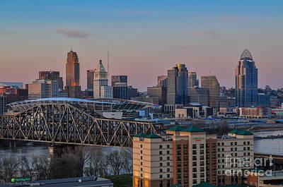 D9u-876 Cincinnati Ohio Skyline Photo Art Print