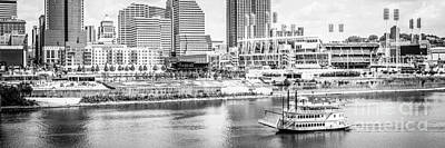 Steamboat Photograph - Cincinnati Panoramic Picture In Black And White by Paul Velgos