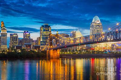 Cincinnati Skyline Wall Art - Photograph - Cincinnati Skyline by Inge Johnsson